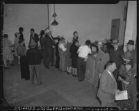 Japanese immigrants register as Los Angeles residents, Los Angeles, 1940