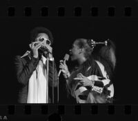 Stevie Wonder and Patti Labelle perform at the Shrine Auditorium