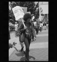 Angela Davis demonstrates against prison conditions at the State Building (Calif.)