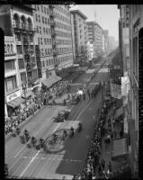 Parade for Madame Chiang Kai-shek in downtown Los Angeles (Calif.)