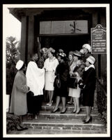 African American women at the Church of the Episcopal Church of the Advent, Los Angeles, 1963
