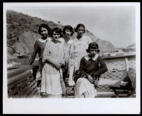 Nadine Bratton, Miriam Garrott, Dorothy Vena, Pearl Bratten and Iva Washington, Catalina Island, 1923