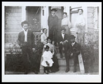 Mattie Scott (Nelson) and family, Los Angeles, circa 1905
