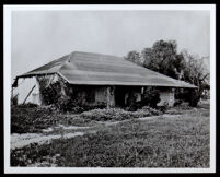 Carpenter adobe dwelling, Santa Fe Springs (vicinity) (copy photo made 1930-1989)