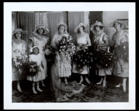 Pearl Hinds (Roberts) in her wedding dress with bridal attendants, 1921