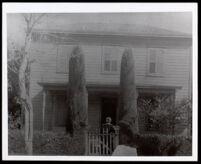 Unidentified female relative of Lora Tombs Scott, perhaps Minerva Petit Logan Robinson, 1900-1910