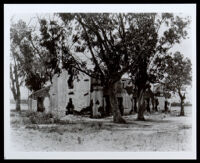 Andrés Pico adobe house before its restoration, Mission Hills (Los Angeles), circa 1927