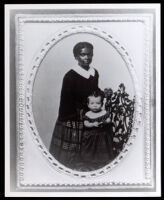 Portrait of a black early Californian mother and daughter, between 1850-1890