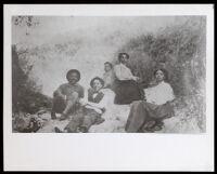 Garrott family members (?) at Sycamore Canyon (?), Glendale (?), circa 1910