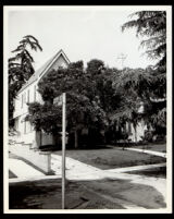 House at 2207 S. Victoria Avenue, Los Angeles, 1930-1960