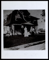 Manila and Gladys Owens as children in front of the Albany St. house, circa 1900