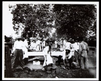 Picnic with barbeque at Vista, circa 1916