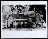 House owned by the Owens family, Los Angeles, 1884