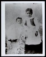 Bessie Bruington and her sister Ethel, Los Angeles, circa 1894