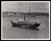 Unidentified steamboat (copy photo 1930-1989)