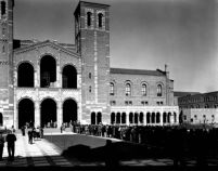 Registration - Students lined up at Royce Hall, 1930