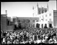 Kerckhoff Hall dedication - Onlookers, 1931