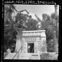 Entrance to the Southwest Museum of the American Indian, Calif., 1986
