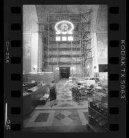 Rotunda of Los Angeles Central Library during restoration, 1986