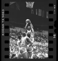 Derrick Dowell in USC vs UCLA basketball game, 1987