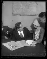 Albrexstandare, self described doctor with two unidentified people in Los Angeles, Calif., 1930