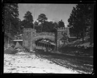 Archway and pavilion at Big Pines Los Angeles County Camp, circa 1920