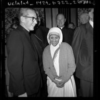 Mother Teresa and Timothy Cardinal Manning at Beverly Hilton luncheon in Los Angeles, Calif., 1973