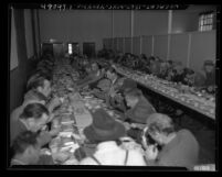 Salvation Army's Christmas dinner, Los Angeles, Calif., 1949