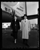 Billy Daniels and wife, Marsha Braun Daniels at airport in Los Angeles, Calif., 1950