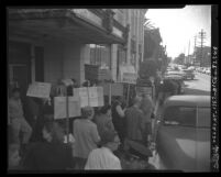 Landlords picketing rent control office at 1206 Santee Street in Los Angeles, Calif., 1950