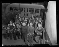 Children unloading from Eastside Jewish Community Center bus in Los Angeles, Calif., 1952