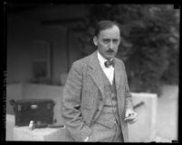 Artist Edgar Alwyn Payne, circa 1927