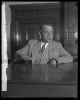 John Rettenger on stand during bribery case of Los Angeles District Attorney Asa Keyes, Calif., 1929