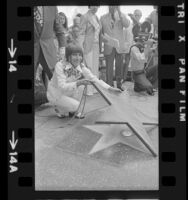 Helen Reddy unveiling her star on the Hollywood Walk of Fame,  Hollywood (Los Angeles), 1974
