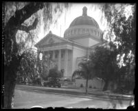 Exterior of view of front entrance and doom of the Second Church of Christ Scientist of Los Angeles, Calif. circa 1923