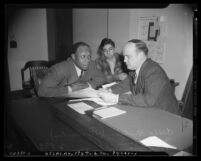 """Comedian Eddie """"Rochester"""" Anderson with Los Angeles Juvenile Commissioner Stanley Sutton, Los Angeles, 1941"""