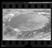 Aerial view of Super Bowl XXI game at the Rose Bowl, Calif., 1987