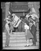 Solomon Finkelstein and Samuel Dubin with children at Breed Street Shul, Talmud Torah, Los Angeles, Calif., 1948