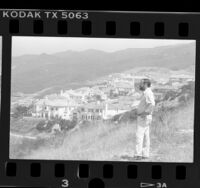 Activist Ronald Dean looking over development in Santa Ynez Canyon, Calif., 1988