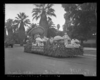 """Snow White and the Seven Dwarfs"" float in the Tournament of Roses Parade, Pasadena, 1938"