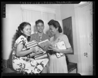 Asian refugees on the way to university in the United States, 1946