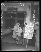 Garment union members handing out leaflets at the Alexandria during California Apparel Creators' Market Week, 1948