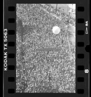 Overhead view of runners in the Los Angeles Marathon, 1989