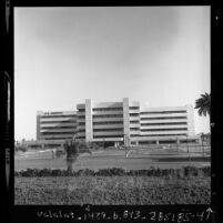Veterans Administration Hospital, exterior on Wilshire Blvd. in West Los Angeles, Calif., 1977