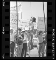 Young Americans for Freedom members hanging effigy of Jane Fonda in Santa Monica, Calif., 1979