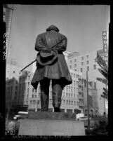Know Your City No.4 Beethoven statue in Pershing Square, Los Angeles, 1955