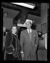 Actor Errol Flynn and wife LiLi Damita at Los Angeles airport, 1941