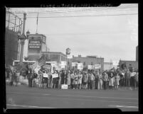 Packing house workers picketing for wage increase at Cudahy Packing Co. in Los Angeles, Calif., 1945