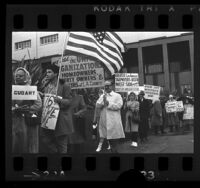 Members of property owners groups picketing outside Hall of Administration to protest property taxes in Los Angeles, Calif., 1966