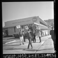 Striking technicians picketing ABC studio in Los Angeles, Calif., 1966